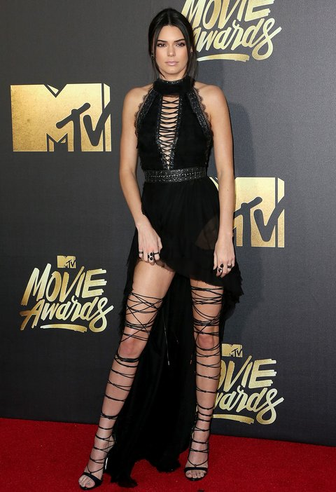 Kendall Jenner Slay the MTV Movie Awards Red Carpet