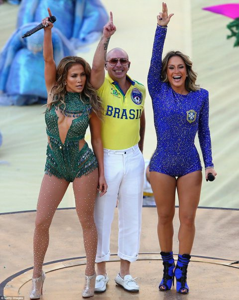 Jennifer Lopez kicks off the World Cup