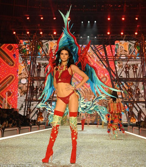 The Sexiest Show on Earth: Victoria Secret Fashion Show 2016