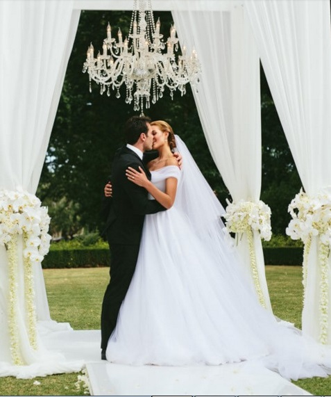 Rolene Strauss Ties the Knot!