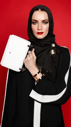 Carolina Herrera Launches Abayas and Hijabs!