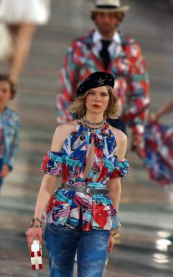 Chanel Fashion Show in Cuba!