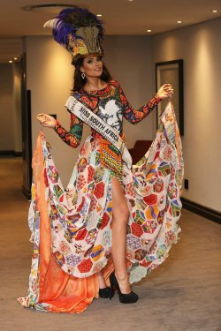 Miss South Africa sets off to Miss World 2014!