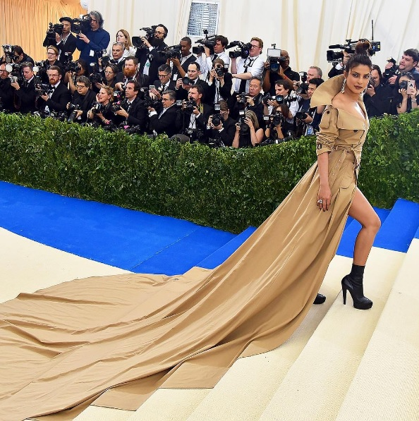 Met Gala 2017 Red Carpet LUXO
