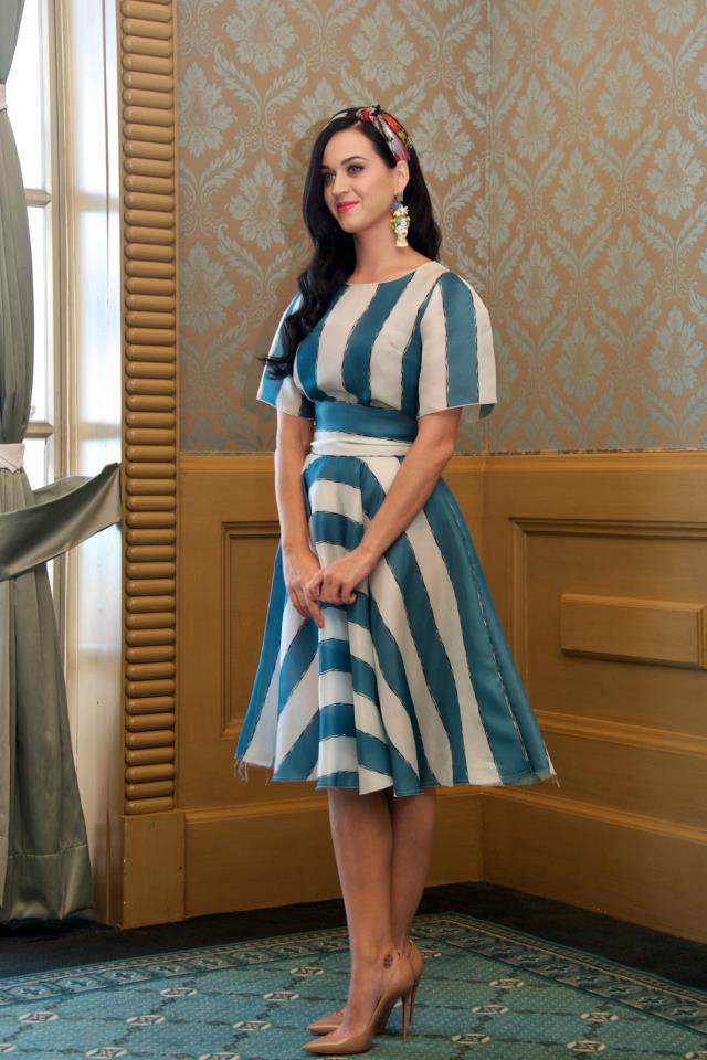 Katie Perry Smurfs 2 photocall