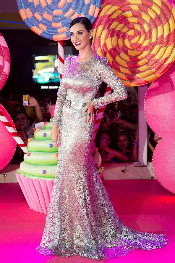 Katy Perry in Dolce for Brazil premiere