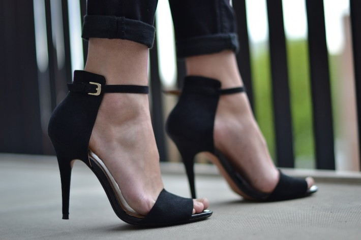 Ankle Strappy Heels trend summer 2012