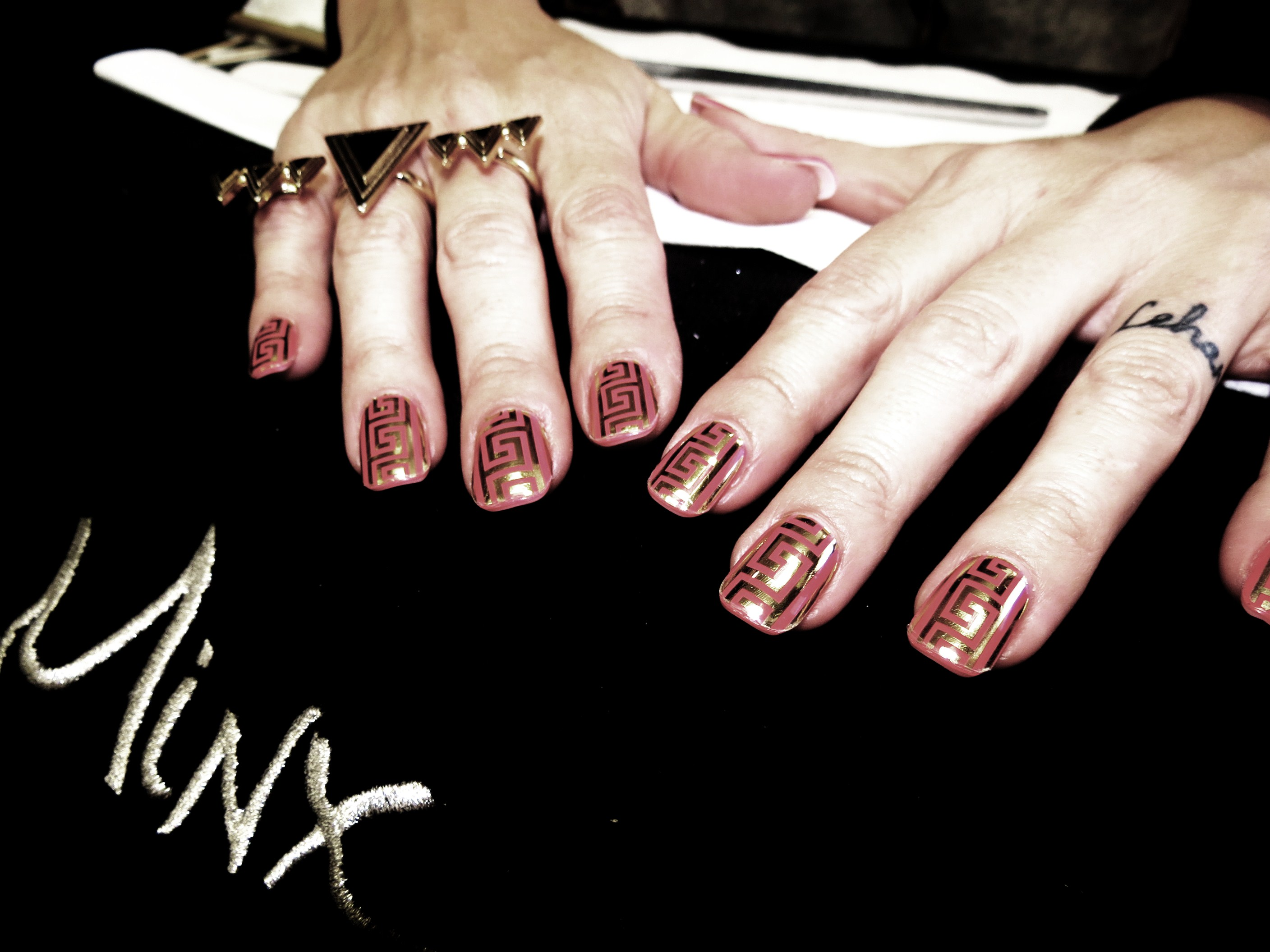 Minx nails south africa on LUXO