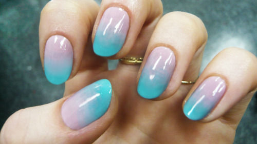 Ombre nail trend
