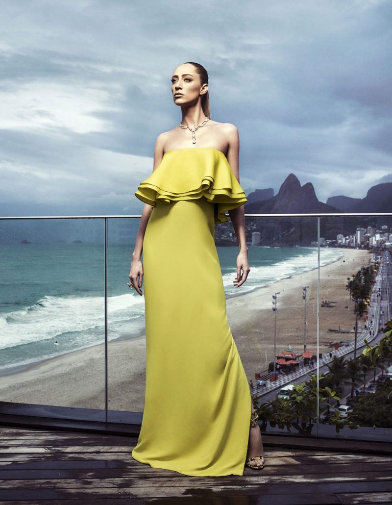 Glamorous resort wear with LUXO