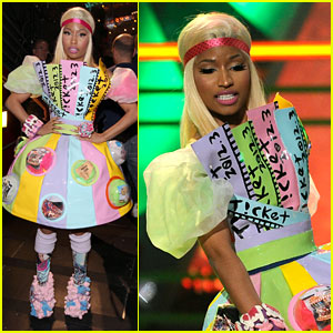 Nicki Minaj Kids CHoice awards 2012