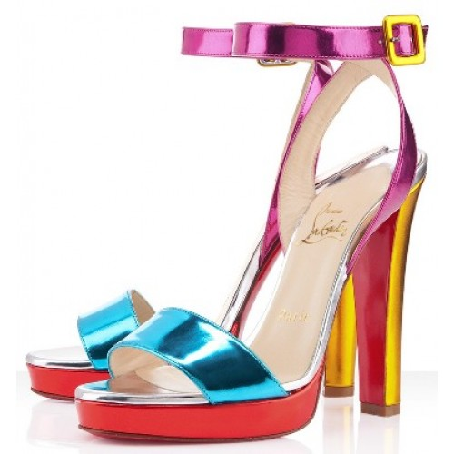 strappy heels trend on luxo