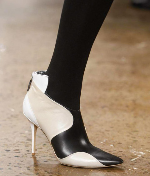 Tuesday Shoesday: Monochrome Heels