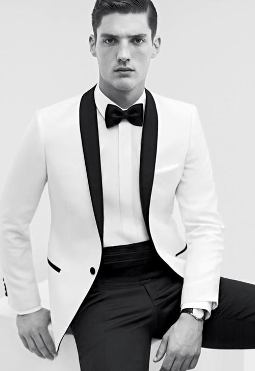 Get the Tuxedo Look with LUXO
